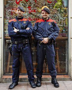 guardia police barcelona